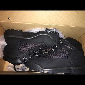 Big kids size 3 Timberland field boots black